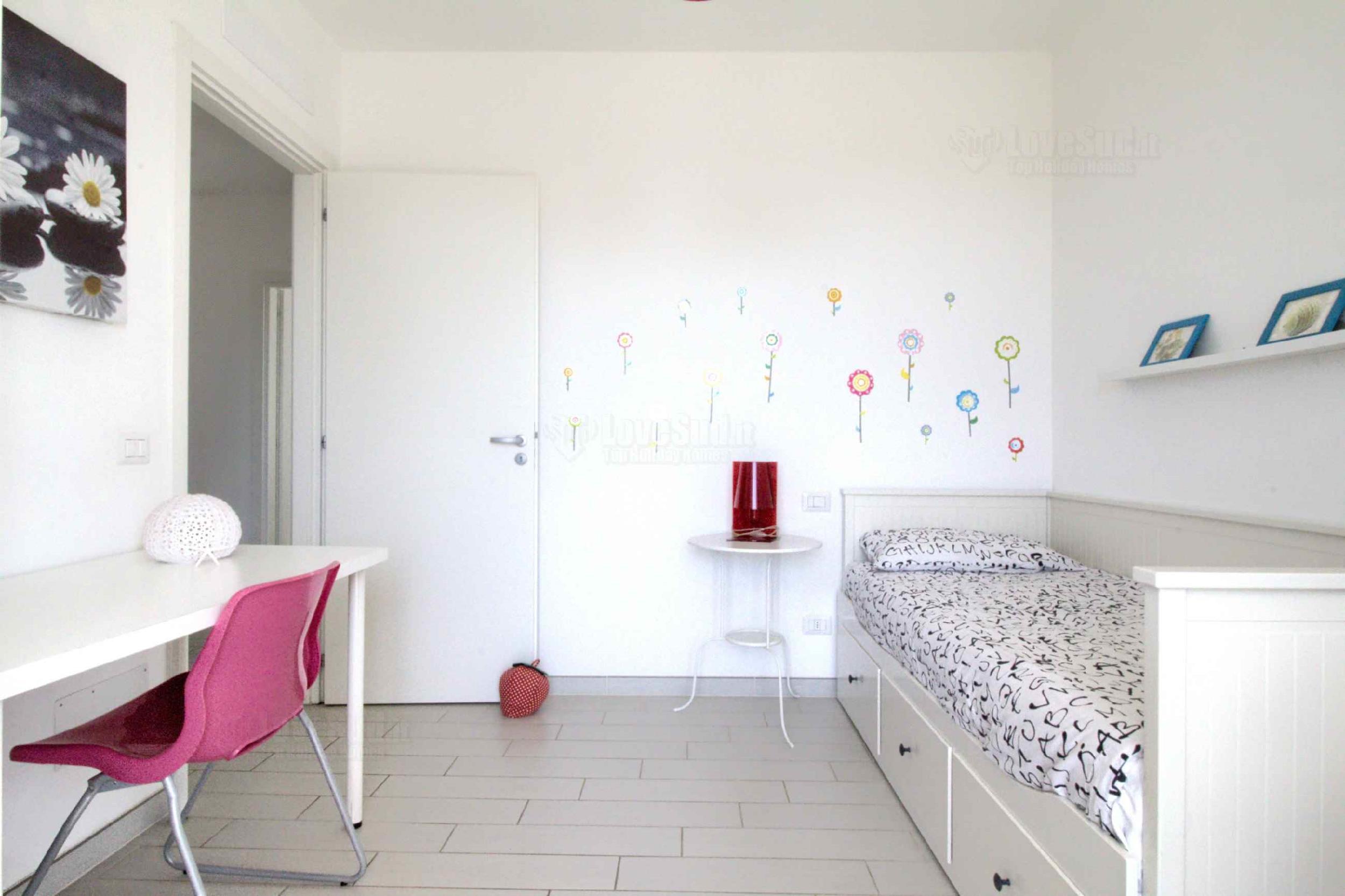 Apartment Starfish Apt photo 22395504