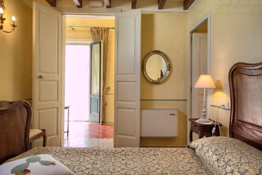 Apartment Gialla - B B A palazzo photo 22457731