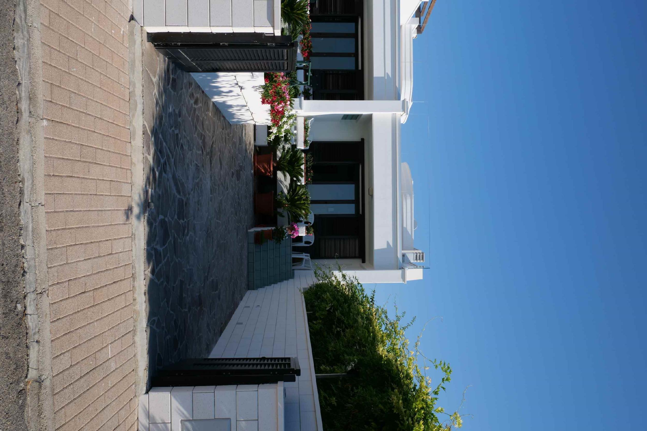 Panorama Leukos photo 24005554