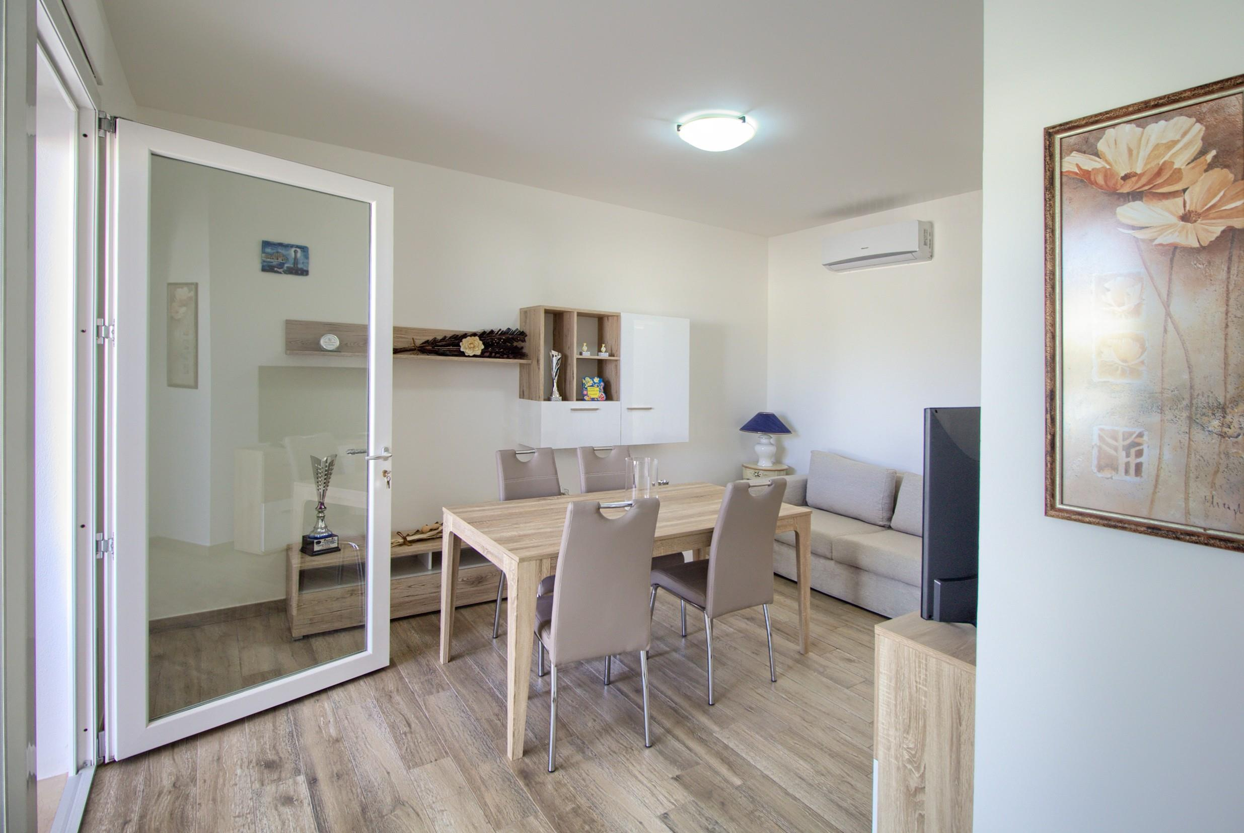 Apartment Luci Front Beach House photo 20253630
