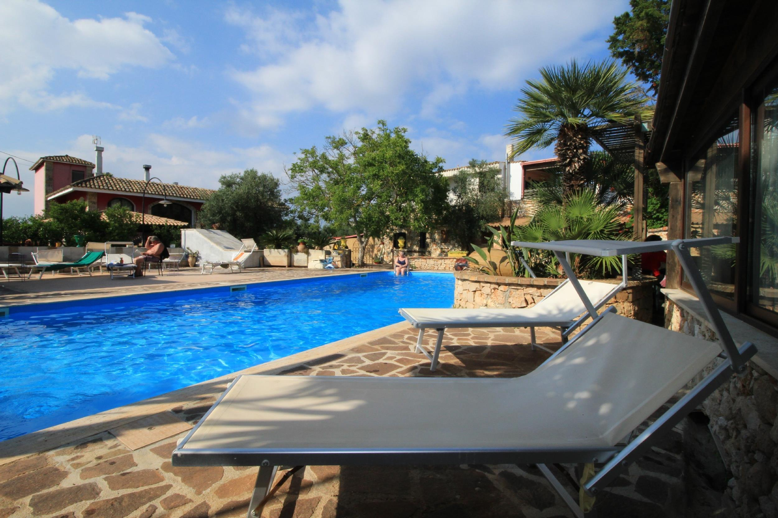Apartment Trilo Noce shared pool photo 25188300