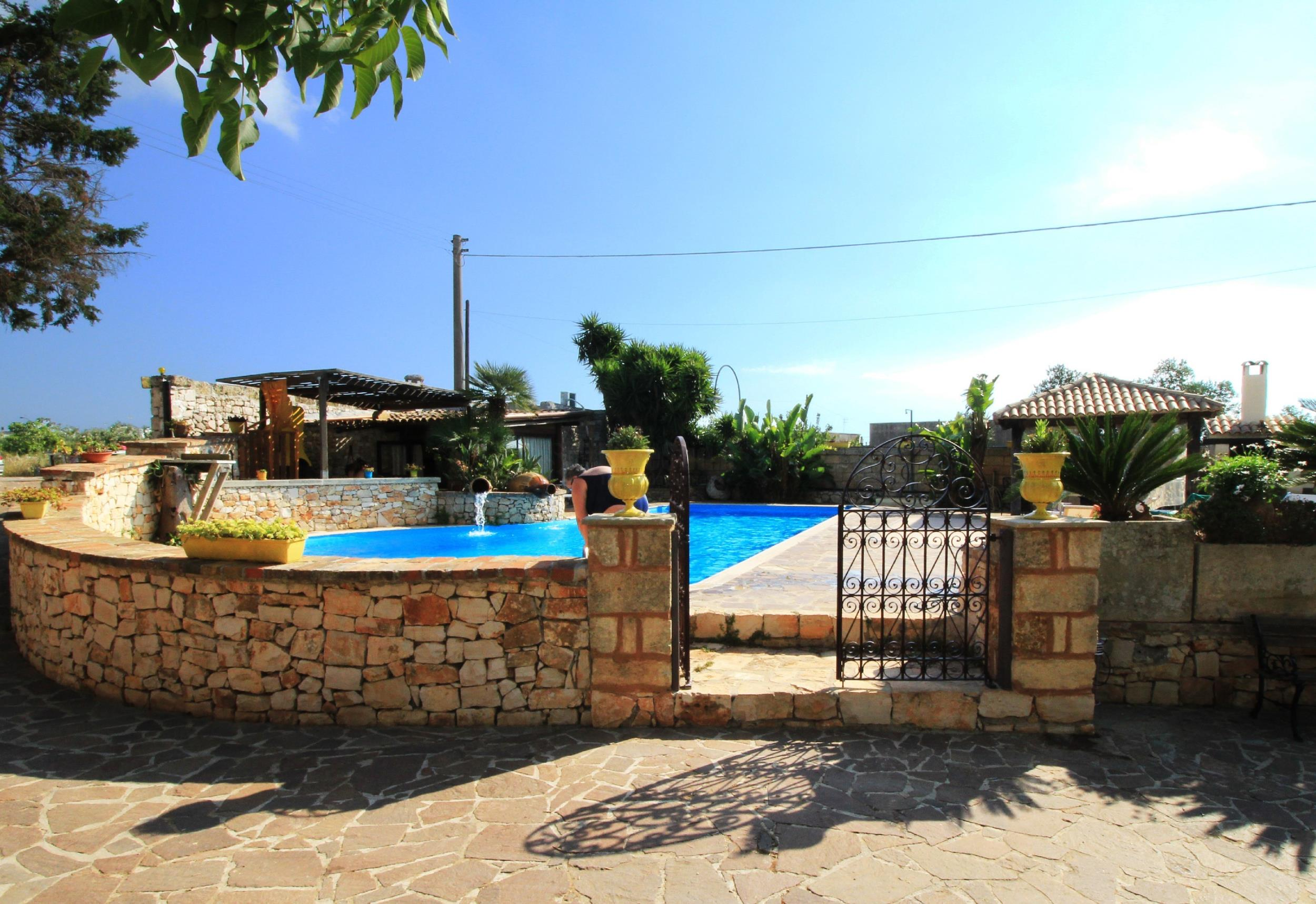 Apartment Trilo Noce shared pool photo 25188303
