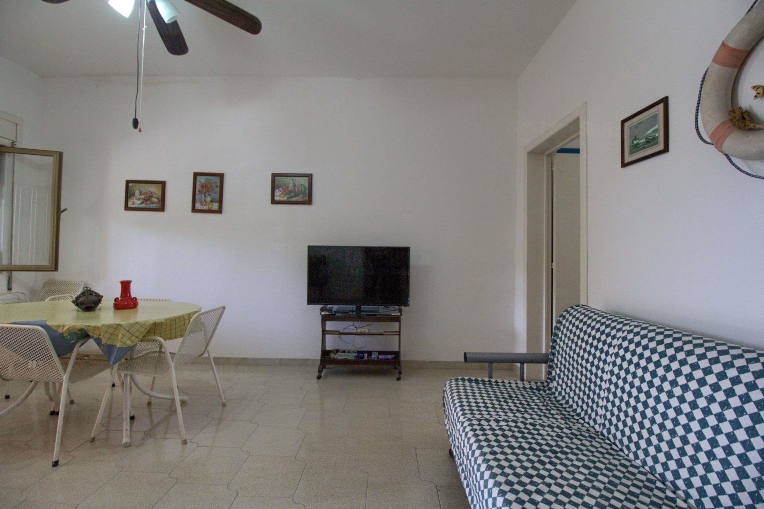 Apartment La Chioggia fronte spiaggia Specchiarica photo 22462800