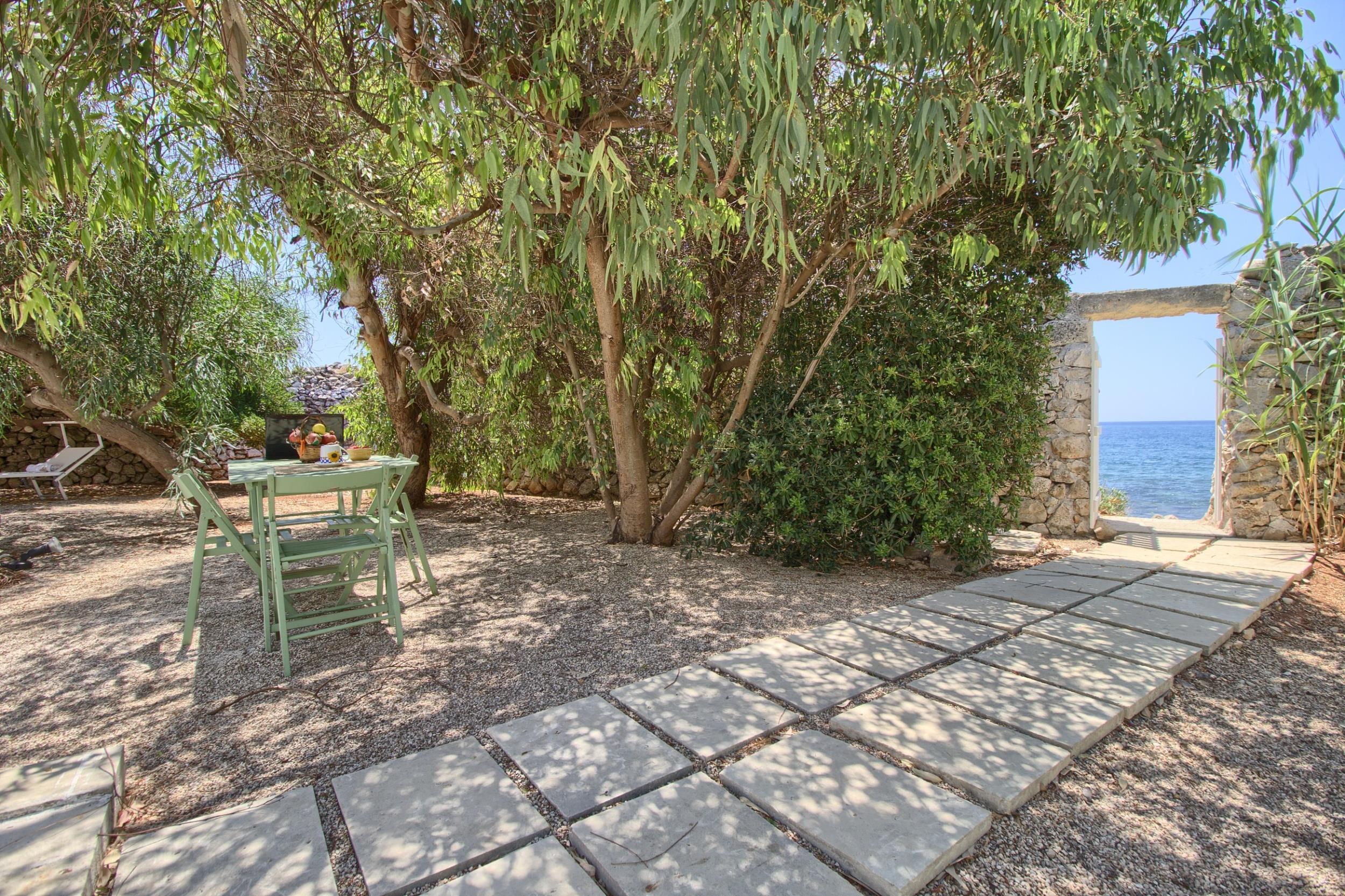 Apartment Rifugio private sea access photo 22514768