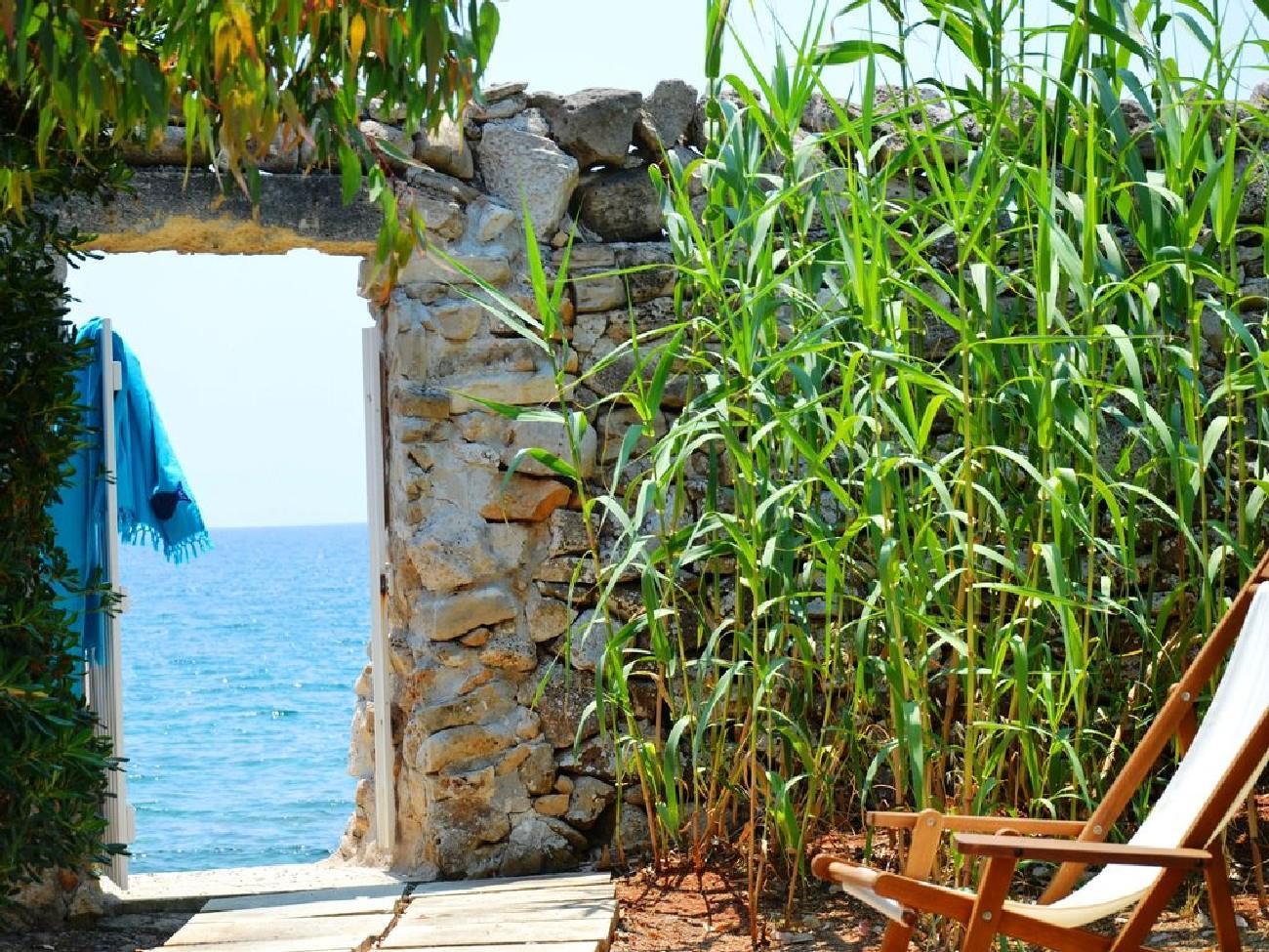 Apartment Rifugio private sea access photo 22514757